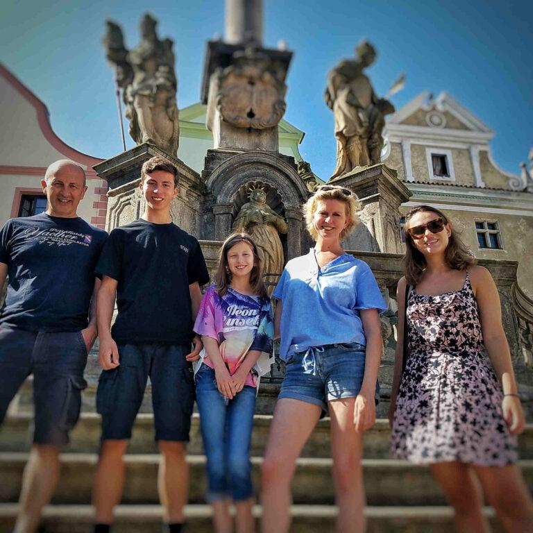 Morový sloup na náměstí v Českém Krumlově